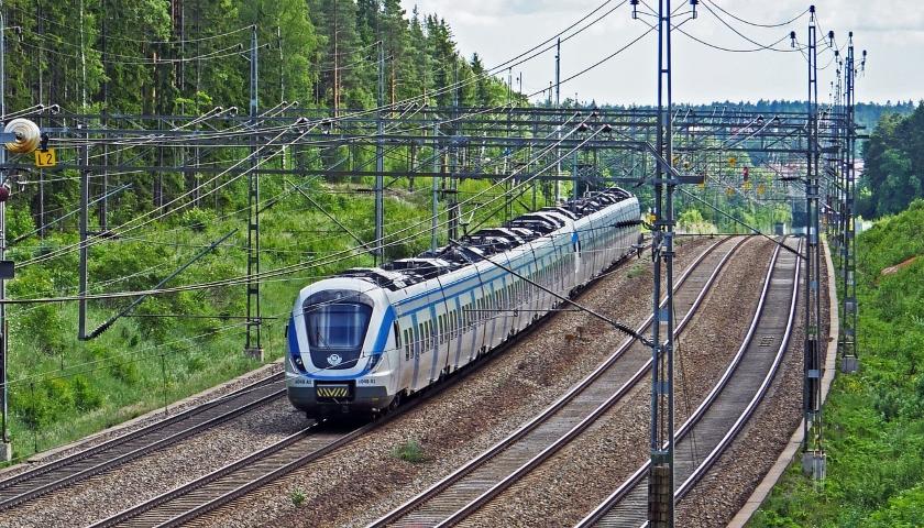 železnice vlak