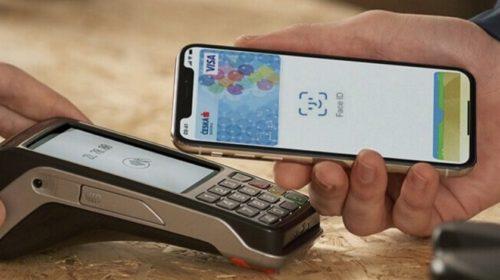 Apple Pay po měsíci používá již 49 000 klientů České spořitelny