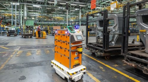 Mobilní roboty pomáhají optimalizovat interní logistiku