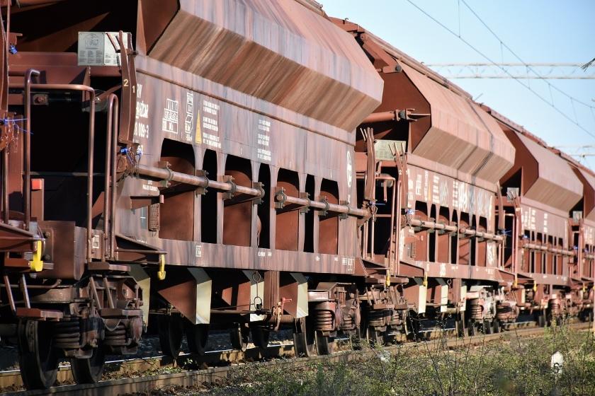 cargo železnice