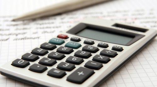 Finanční správa v termínu vybrala přes 2 miliony daňových přiznání