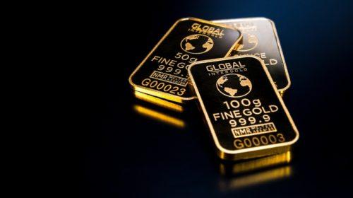 Zlato je nejdražší za devět let, stříbro od roku 2013